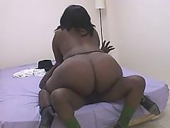Brown sugar babe with big vibrator